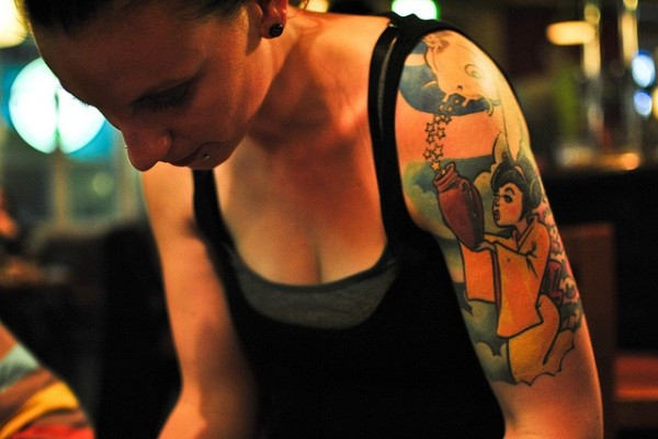 2015_02_15_waitress_tattoo