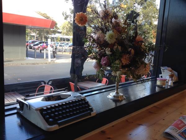 cafe_typewriter