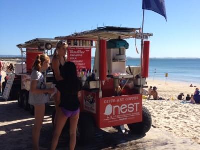 ヌーサはゆったりとしたビーチと大人の雰囲気のまち