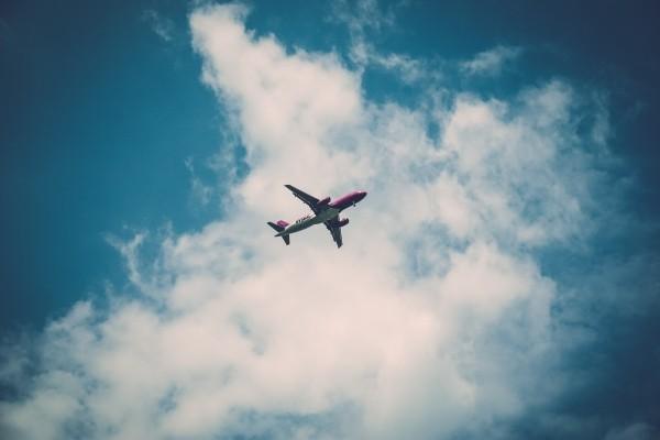 flight-sky-clouds-aircraft
