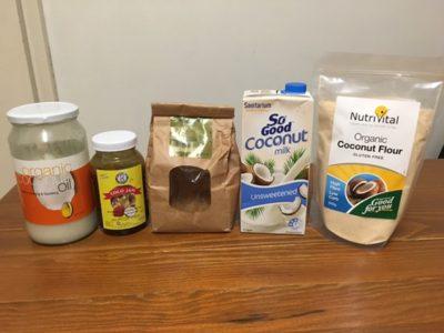 ココナッツ由来の材料だけでホットケーキは作れるのか?ココナッツフラワーをベースにしてチャレンジしてみた。