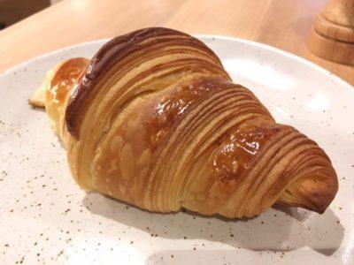 メルボルンのゴントランシェリエで食べられるクロワッサンはサクサク音とバターの香りを楽しもう。