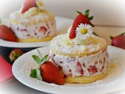 Cakeは英語で動詞としての使い方もアリ?ケーキという言葉が英語で使われる3つのケース