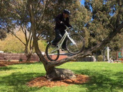 ボクの自転車にはサドルが無い。バイクトライアルの自転車とその楽しみ方を紹介します。