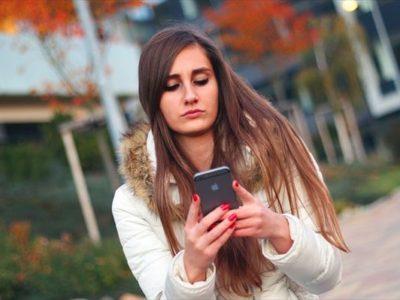携帯電話のデータ通信量が無制限に?オージー店員のラテラル思考のおかげで得した同僚の話