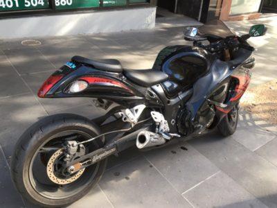 メルボルンの街なかで見かけたドリフト用のオートバイ。その特徴とは?