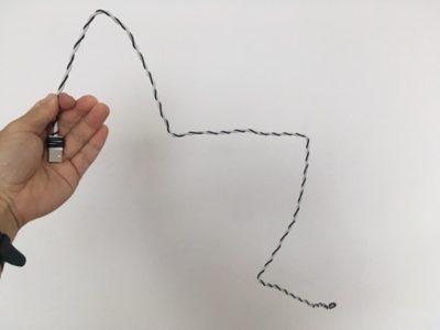 たったこれだけできるの?スマホのケーブルを形状維持型に改造してみたよ!